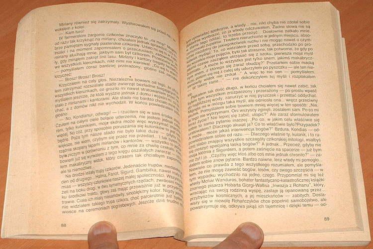 Izworski-Jacek-Gwiezdne-szczenie-KAW-1986-Fantazja-Przygoda-Rozrywka-Fantastyka-SF-science-fiction-Space-opera