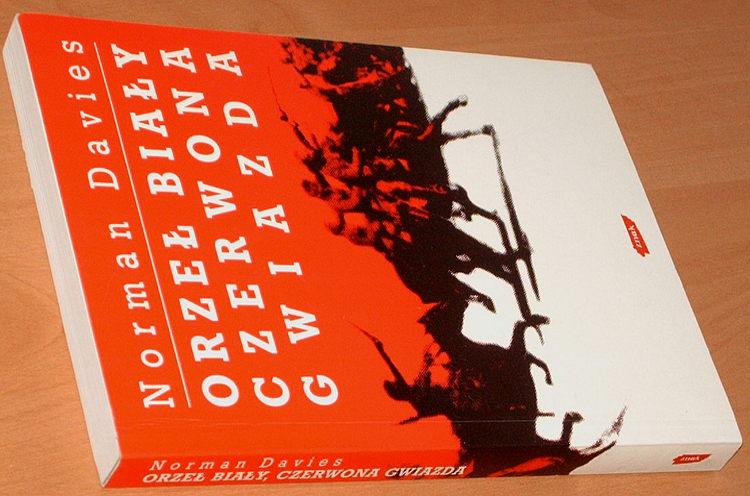 Davies-Orzel-bialy-czerwona-gwiazda-Wojna-polsko-bolszewicka-1919-1920-Znak-1997-White-eagle-red-star-Polish-Soviet-war