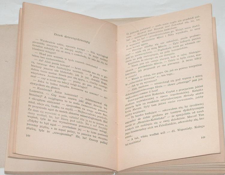 Chroscielewski-Tadeusz-Szkola-dwoch-dziewczat-Wydanie-drugie-Wydawnictwo-Lodzkie-1966-XI-LO-1945-1946