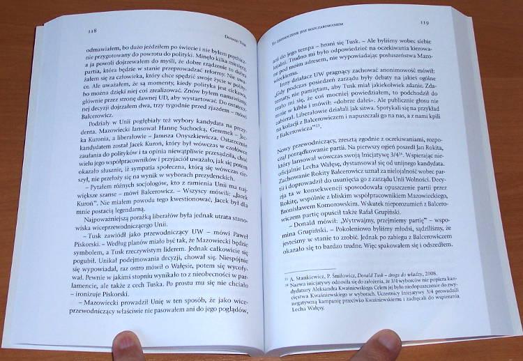 Grabias-Slawomir-Donald-Tusk-Pierwsza-niezalezna-biografia-Wydawnictwo-Internetowe-Signum-Temporis-2011-premier-Polski