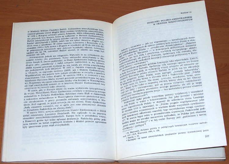 Pastusiak-Longin-Pol-wieku-dyplomacji-amerykanskiej-1898-1945-Warszawa-PWN-Panstwowe-Wydawnictwo-Naukowe-1974