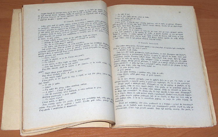 Karas-Mieczyslaw-Orawskie-teksty-gwarowe-z-obszaru-Czechoslowacji-Krakow-Uniwersytet-Jagiellonski-PWN-1965-autograf