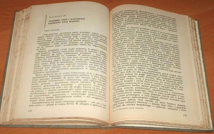 Smirnov-Ba-Kozlov-Sidorow-O-radzieckiej-nauce-wojennej-MON-1962-O-sovetskoj-voennoj-nauke-ZSRR-Rosja-wojsko-Military