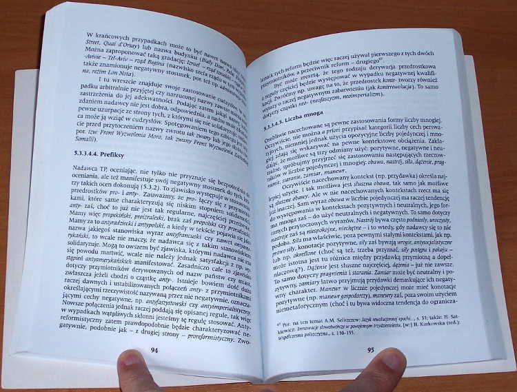 Bralczyk-Jerzy-O-jezyku-polskiej-propagandy-politycznej-lat-siedemdziesiatych-Warszawa-Wydawnictwo-Trio-2001