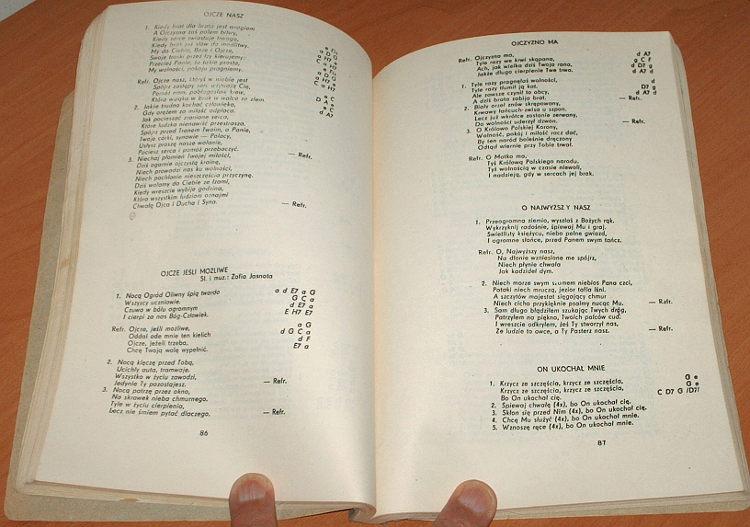 Bogu-i-Ojczyznie-Cz-I-Wyd-II-Lodz-Centralne-Duszpasterstwo-Akademickie-Piatka-1986-spiewnik-piosenki-religijne