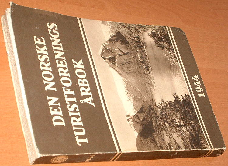 DNT-Den-Norske-Turistforenings-Arbok-1944-Norwegia-turystyka-Norge