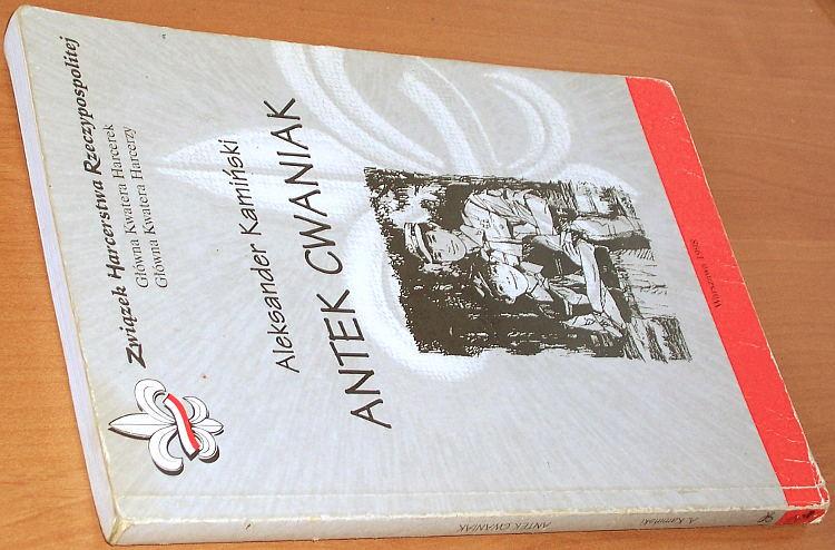 Kaminski-Aleksander-Antek-Cwaniak-Ksiazka-o-zuchach-Wyd-9-Wydawn-Drogowskazow-ZHR-Trifolium-ZHR-1998