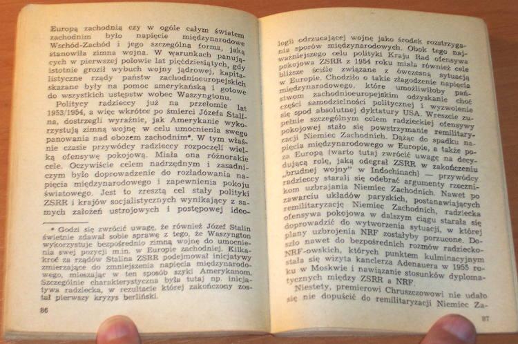 Moczulski-Leszek-Kowboje-i-rakiety-MON-1971-Sensacje-20-Wieku-NATO