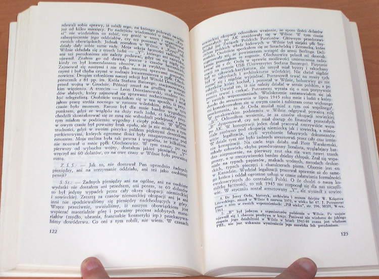 Zeszyty-historyczne-25-1973-Zelenski-Pieracki-Siemaszko-Buczek-Swietochowski-Korzec-Babinski-Armia-Krajowa-Zawadowski