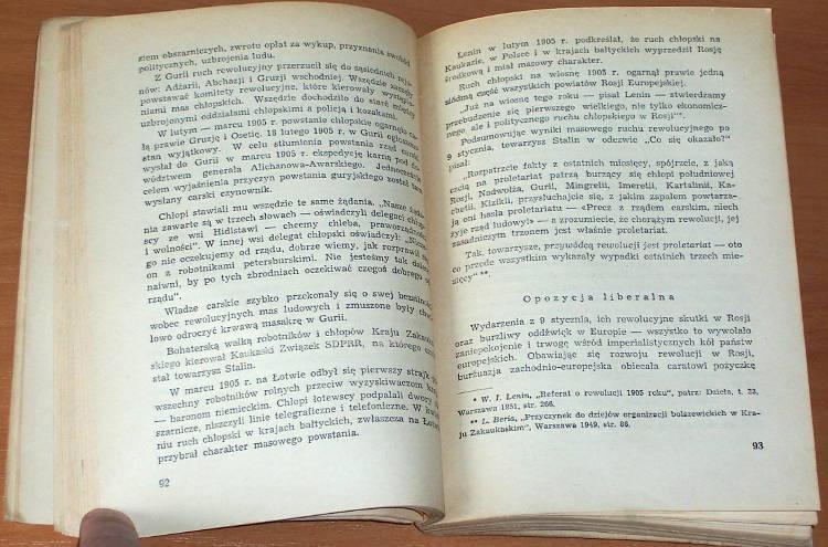 Pankratowa-A-M-Pankratova-Anna-Mihajlovna-Pierwsza-rewolucja-rosyjska-1905-1907-r-Warszawa-Ksiazka-i-Wiedza-1952