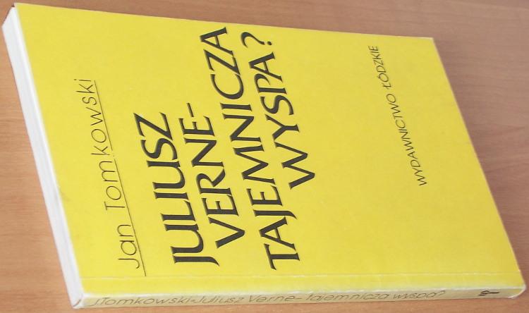 Tomkowski-Jan-Juliusz-Verne-Tajemnicza-wyspa-Lodz-Wydawnictwo-Lodzkie-1987