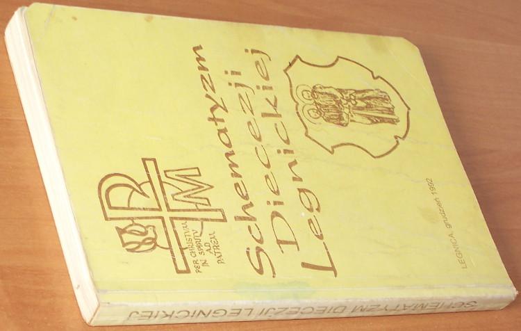 Schematyzm-Diecezji-Legnickiej-Legnica-Legnicka-Kuria-Biskupia-grudzien-1992-parafie-ksieza-spis