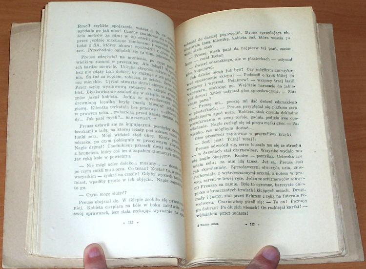 Petersen-Jan-Nasza-ulica-Kronika-pisana-w-sercu-faszystowskich-Niemiec-1933-34-Warszawa-Panstwowy-Instytut-Wydawniczy-1950
