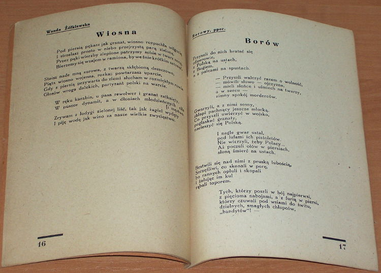 Wiersze-i-piesni-Armii-Ludowe-Wydawn-Oddz-Propagandy-Glownego-Zarzadu-Polityczno-Wychowawczego-Wojska-Polskiego-1945