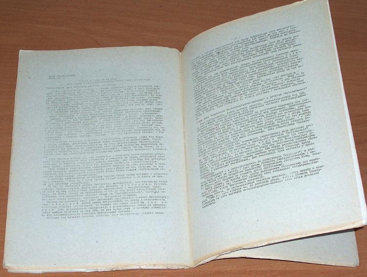Manipulacja-i-obrona-przed-manipulacja-Sesja-na-Uniwersytecie-Warszawskim-1981-Adsum-ON-Oswiata-Niezalezna-1984