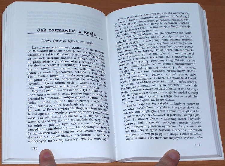 Pomianowski-Jerzy-Ruski-miesiac-z-hakiem-Wroclaw-Wydawnictwo-Dolnoslaskie-1997-wstep-Giedroyc