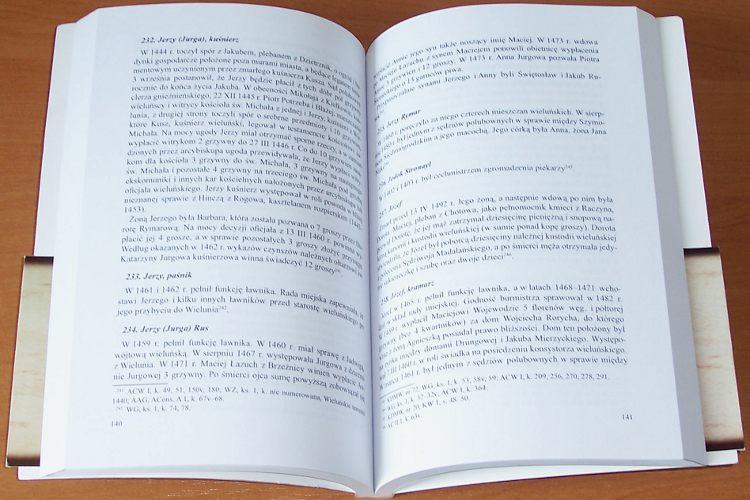 Grabarczyk-Tadeusz-Nowak-Tadeusz-Mieszczanie-wielunscy-do-poczatkow-XVI-w-Biogramy-Wielun-Wielunskie-Tow-Nauk-2008
