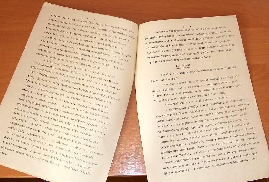 Myslek-Wieslaw-Klerykalny-program-obchodow-milenijnych-1966-Wielka-Nowenna-przed-Milenium-Chrztu-Polski