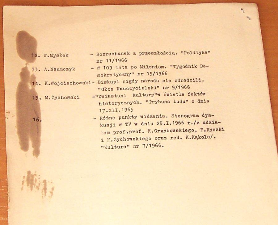 Wydzial-Propagandy-i-Agitacji-Dwa-poglady-na-Tysiaclecie-Panstwa-Polskiego-tezy-do-odczytu-Warszawa-KC-PZPR-maj-1966