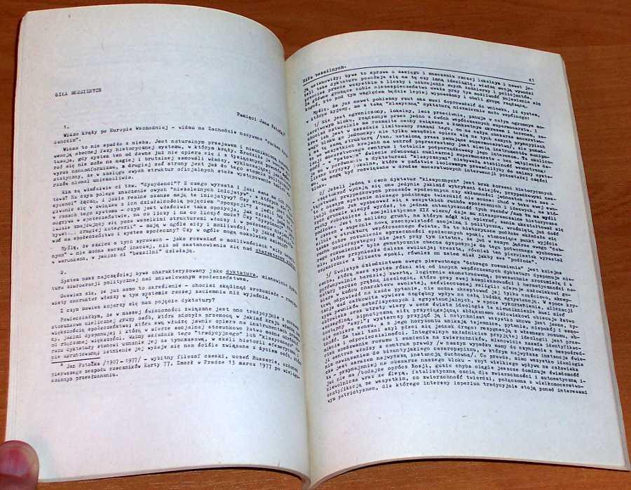 Havel-Vaclav-Eseje-polityczne-Warszawa-Wydawnictwo-Krag-1984-Heartman-Godlewski-Czeska-rozmowa-Sila-bezsilnych