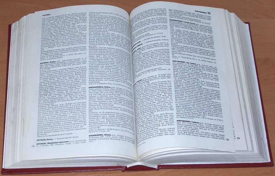 Kto-jest-kim-w-Polsce-Informator-biograficzny-Edycja-3-Warszawa-Interpress-1993-Poland-Biography-Polska-biografie