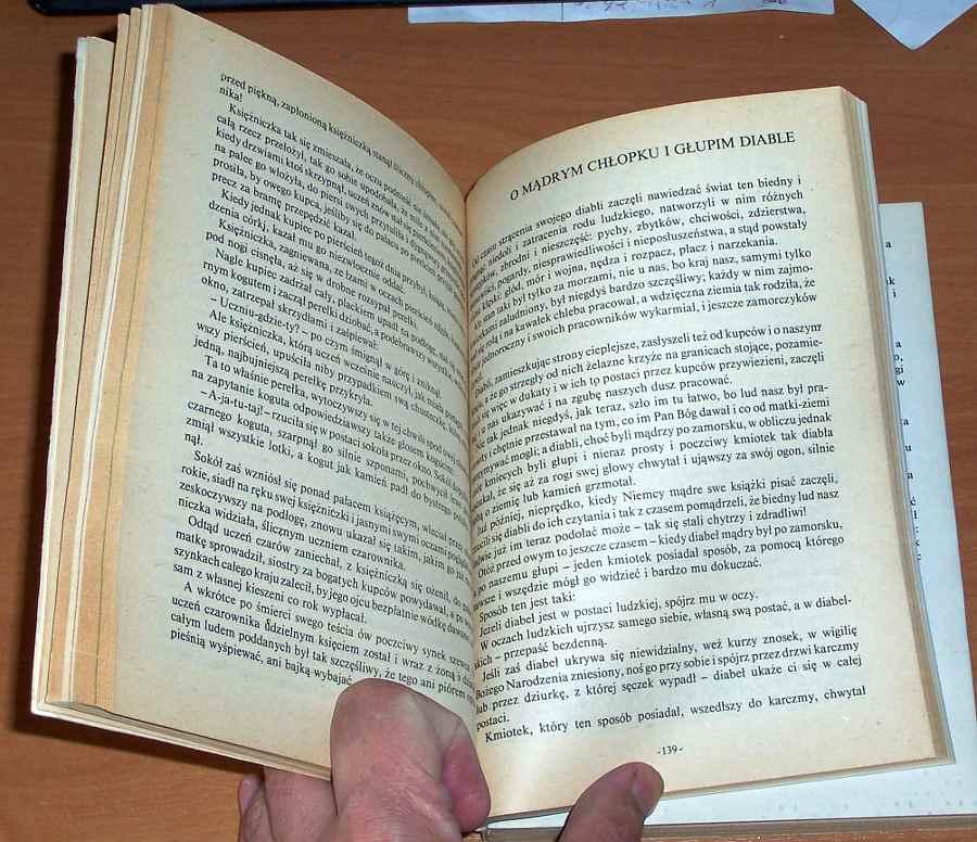 Basnie-polskie-Wybor-i-oprac-Tomasz-Jodelka-Burzecki-Wyd-6-Warszawa-LSW-Ludowa-Spoldzielnia-Wydawnicza-1985