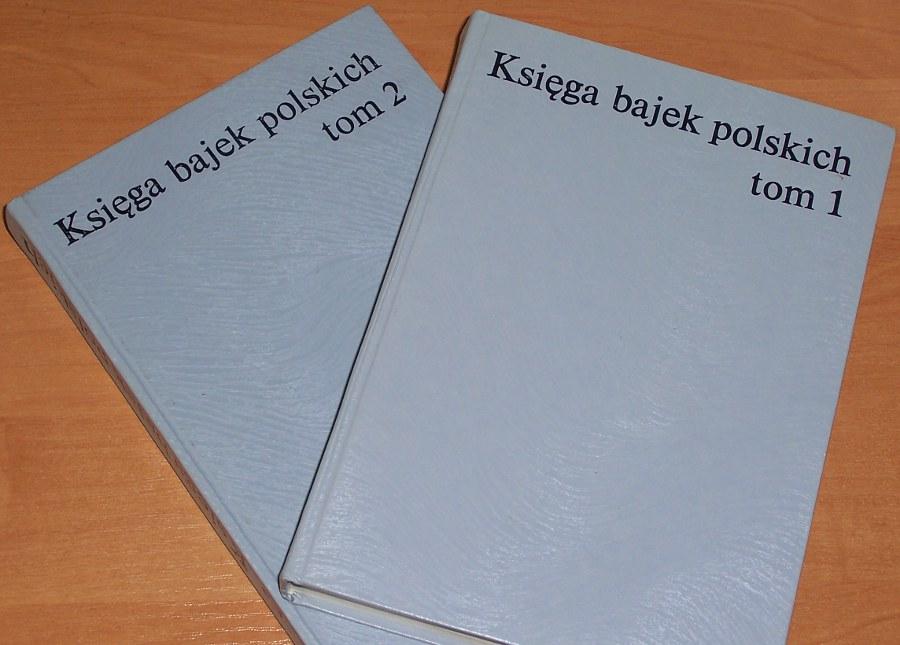 Ksiega-bajek-polskich-T-1-2-Warszawa-LSW-Ludowa-Spoldzielnia-Wydawnicza-1989-Kapelus-Grabowska